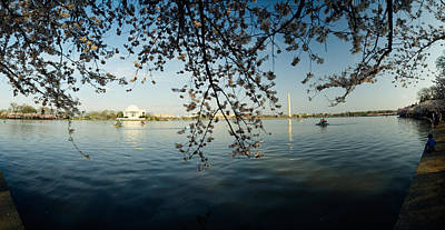 Tree City Usa Photograph - Monument At The Waterfront, Jefferson by Panoramic Images