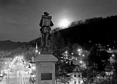Moon Over Sylva 2004 Art Print