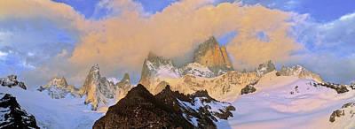 Fitz Photograph - Mount Fitz Roy Seen From Laguna De Los by Martin Zwick