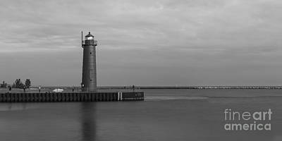 Muskegon Lighthouse Wall Art - Photograph - Muskegon South Pierhead Light by Twenty Two North Photography