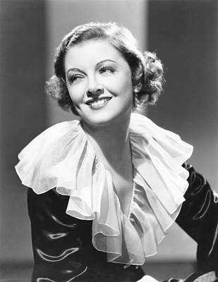 Loy Photograph - Myrna Loy, Mgm Portrait, Mid 1930s by Everett
