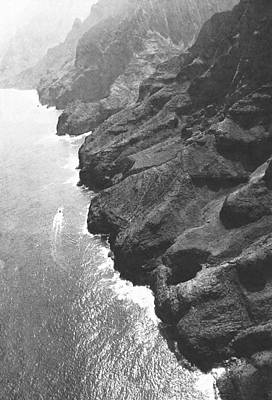 Frank Ocean Drawings Photograph - Napali Coast Of Kauai by Frank Wilson
