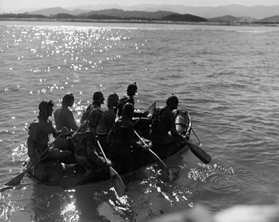 Small Boat Photograph - Navy Frogmen At Work by Underwood Archives