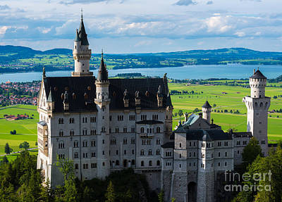 Field. Cloud Photograph - Neuschwanstein Castle - Bavaria - Germany by Gary Whitton