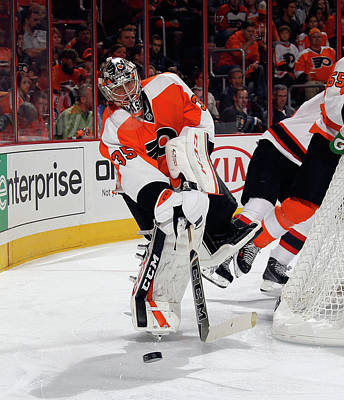 Photograph - New Jersey Devils V Philadelphia Flyers by Bruce Bennett