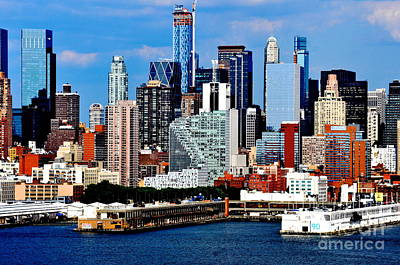 Photograph - New York City Skyline With Mercedes House by Kathy Flood