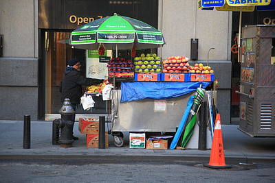 Photograph - New York Street Vendor 2 by Frank Romeo