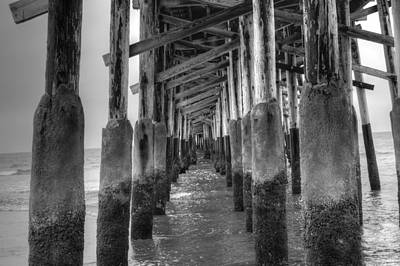 Photograph - Newport Beach Pier by Bill Hamilton