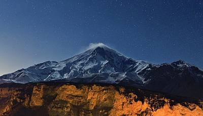 Cassiopeia Constellation Photograph - Night Sky Over Mount Damavand by Babak Tafreshi