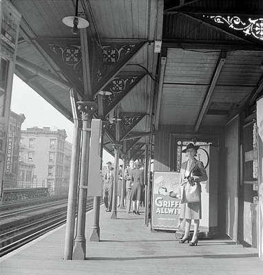 Nyc Elevated Train, 1942 Art Print by Granger