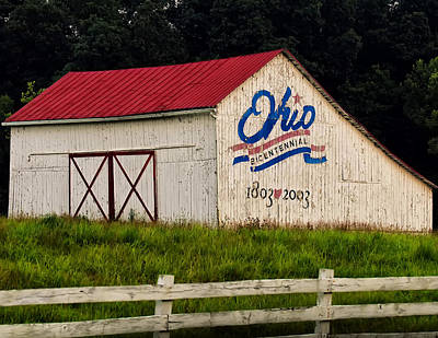 Abandoned Digital Art - Ohio Bicentennial Barn by Chris Flees