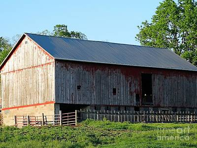 Photograph - Old Barn by Gena Weiser