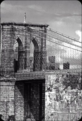 Photograph - Old Brooklyn Bridge by Frank Winters