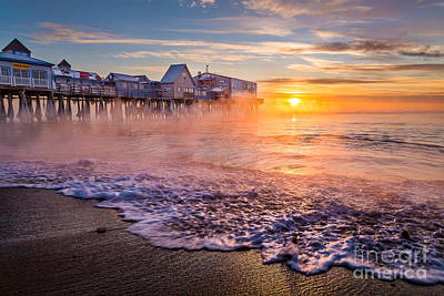 Old Orchard Beach Sea Smoke Art Print