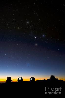 Keck Photograph - Orion And Observatories, Hawaii by David Nunuk