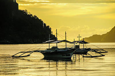 Outrigger At Sunset In The Bay Of El Art Print