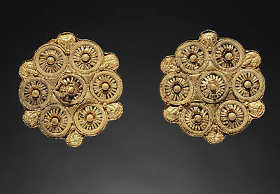Gold Earrings Drawing - Pair Of Disk Earrings Unknown Etruria Late 6th Century B by Litz Collection