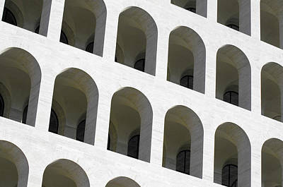 Photograph - Palazzo Della Civilta' Romana by Fabrizio Troiani