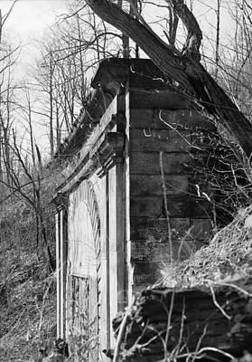 Photograph - Pennsylvania Tunnel, 1987 by Granger