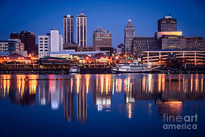 Riverboat Photograph - Peoria Illinois Skyline At Night by Paul Velgos