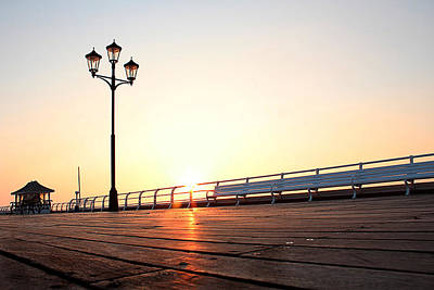 Photograph - Pier Sunrise by Andy Readman