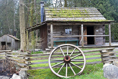 Photograph - Pioneer Cabin by Bill Thomson