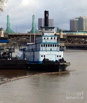 Photograph - Portland Steam Sternwheeler Tugboat by Susan Garren
