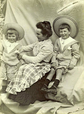 Portrait Of A Woman With Two Children With Sun Hats Print by Artokoloro
