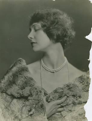 Short Hair Photograph - Portrait Of Elsie Ferguson by Nickolas Muray