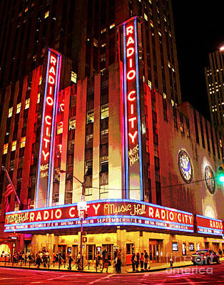 Photograph - Radio City Music Hall by Larry Oskin