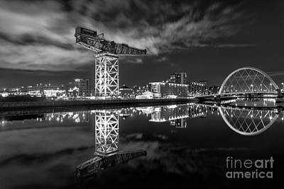 River Clyde At Night Art Print