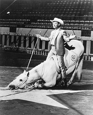 Entertainer Photograph - Roy Rogers by Retro Images Archive
