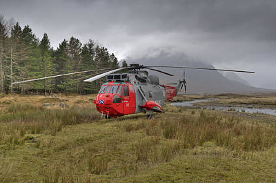Royal Navy Sar Sea King Xz920 Glencoe Art Print