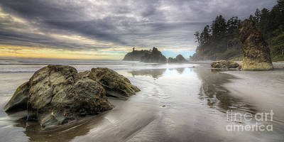 Olympic National Park Photograph - Ruby Beach by Twenty Two North Photography