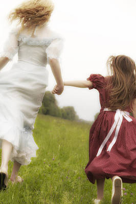 Embrace Photograph - Running by Joana Kruse