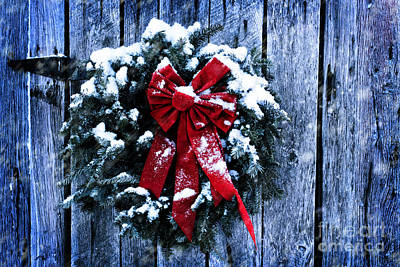 Snowy Night Photograph - Rustic Christmas Wreath by Stephanie Frey