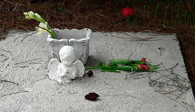 Photograph - Sad Child's Grave by Jeff Lowe