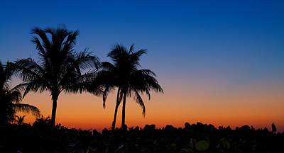 Photograph - Sanibel Island Florida Sunset by Robert Bellomy