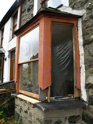 Frame House Photograph - Sash Window Refurbishment by Cordelia Molloy