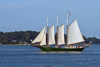 Photograph - Schooner Alliance by Jerry Gammon
