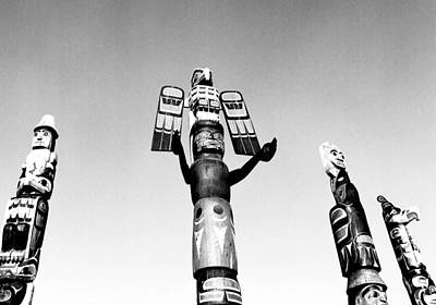 Photograph - Sechelt Totems by Robert  Rodvik