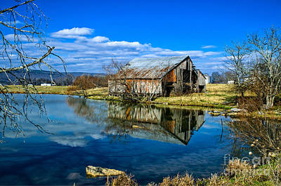 Photograph - Sequatchie Valley Barn by Paul Mashburn