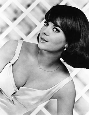 Wood Necklace Photograph - Sex And The Single Girl, Natalie Wood by Everett
