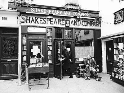 Shakespeare And Company Bookstore In Paris France Art Print
