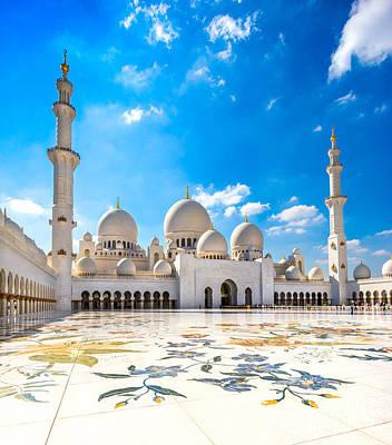 Sheikh Zayed Mosque - Abu Dhabi - Uae Art Print by Luciano Mortula