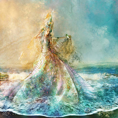 Seashore Digital Art - Shell Maiden by Aimee Stewart