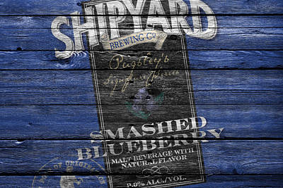 Hop Photograph - Shipyard Brewing by Joe Hamilton
