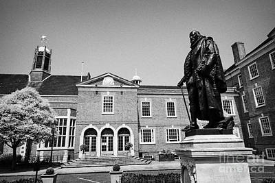 statue of francis bacon in front of grays inn hall London England UK Art Print by Joe Fox