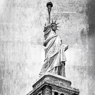 Architecture Photograph - Statue Of Liberty - Ny by Joel Lopez