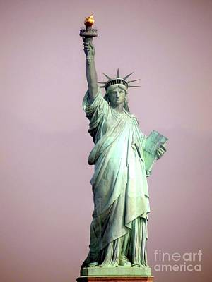 Photograph - Statue Of Liberty by Ed Weidman